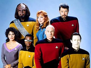 01_star_trek_the_next_generation_500_375_Paromount_Pictures