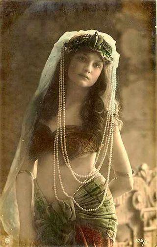 1920s Orientalist style fashion - www.ShopCurious.com